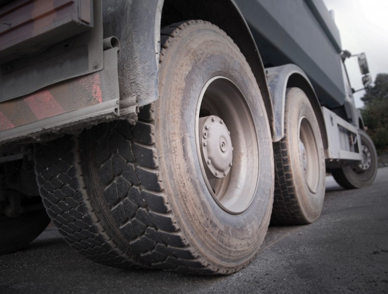 Extend Life of Commercial Truck Tires