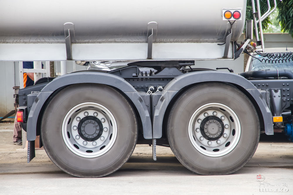 Commercial Truck Tire Inspection
